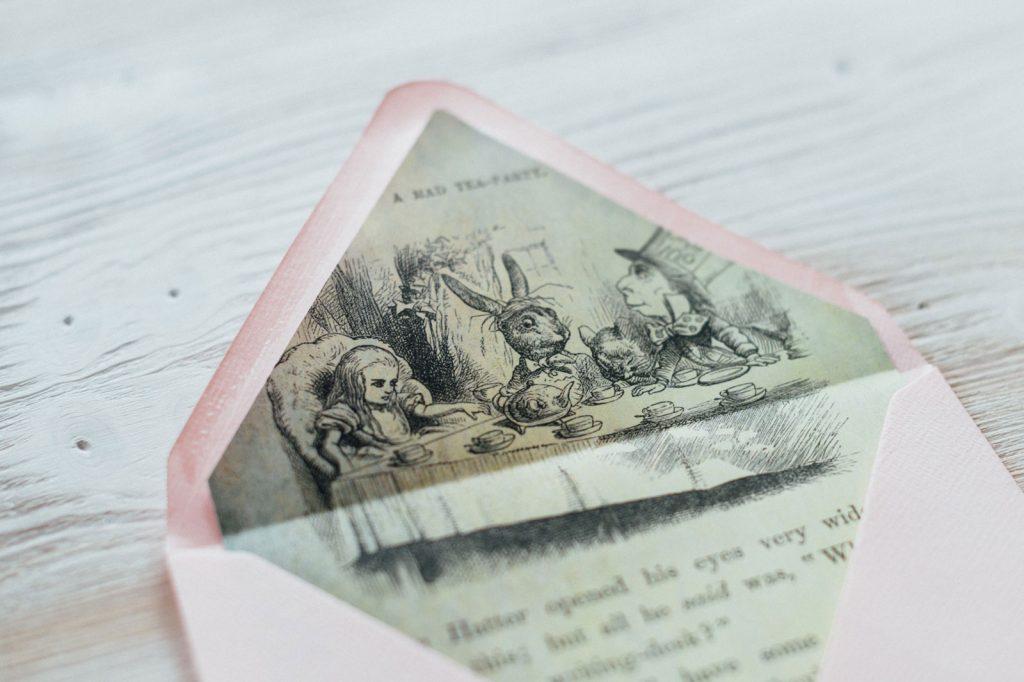 Alice im Wunderland Briefkuvert Disney Hochzeitseinladungen Hochzeitskarten Hochzeitspapeterie Vintage