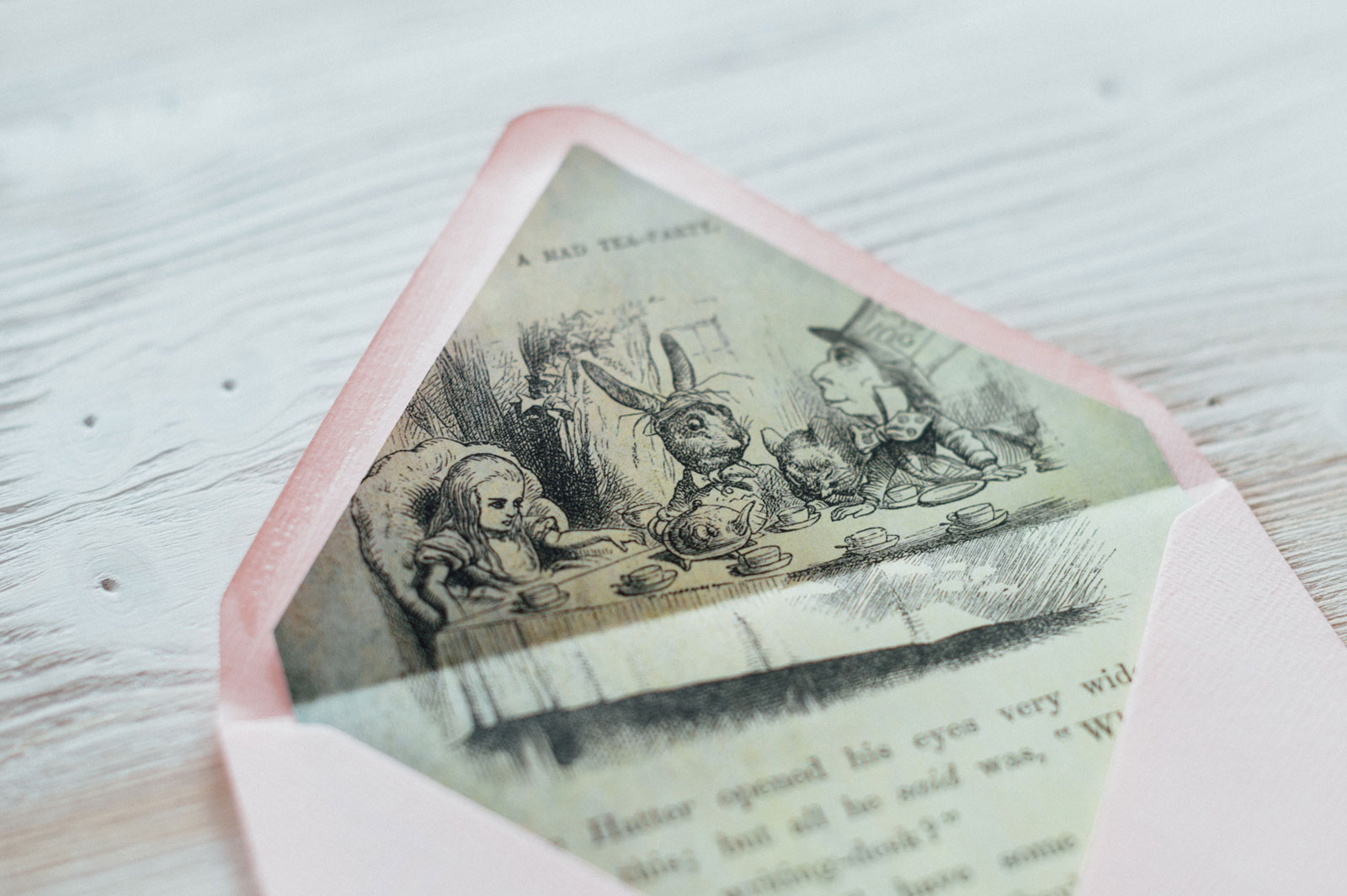 Alice im Wunderland Briefkuvert Hochzeitseinladungen Hochzeitskarten Hochzeitspapeterie Vintage