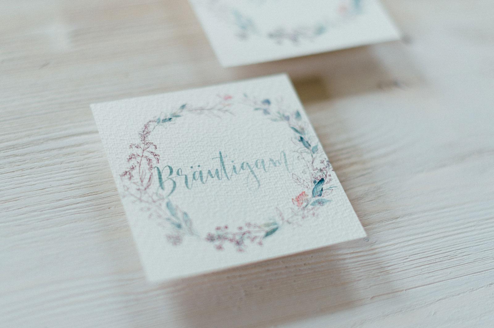 Frühling Blumen Tischkarten Platzkarten Hochzeitskarten Hochzeitspapeterie Wachs Siegel Wiesenblumen Wasserfarben Aquarell Danksagungskarte Individuell Hochzeitsmotto Jahreszeiten