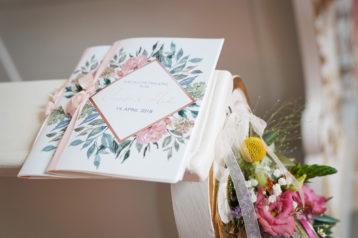 Frühlingsblumen Kirchenhefte Hochzeitskarten Hochzeitspapeterie Wiesenblumen Wasserfarben Aquarell Zeichnung Edel Vintage Individuell Hochzeitsmotto Frühling Blumen