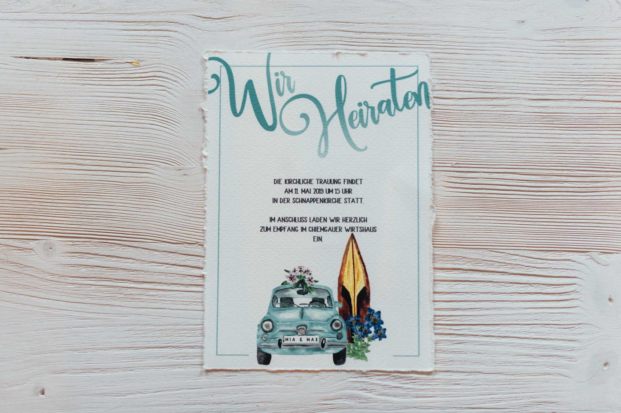 Heiraten im Ausland Destination Wedding Fiat 500 Italien Hochzeitskarten Aquarell Hochzeitseinladung hellblau Surfbrett Bayern Enzian Hochzeit Hochzeitspapeterie