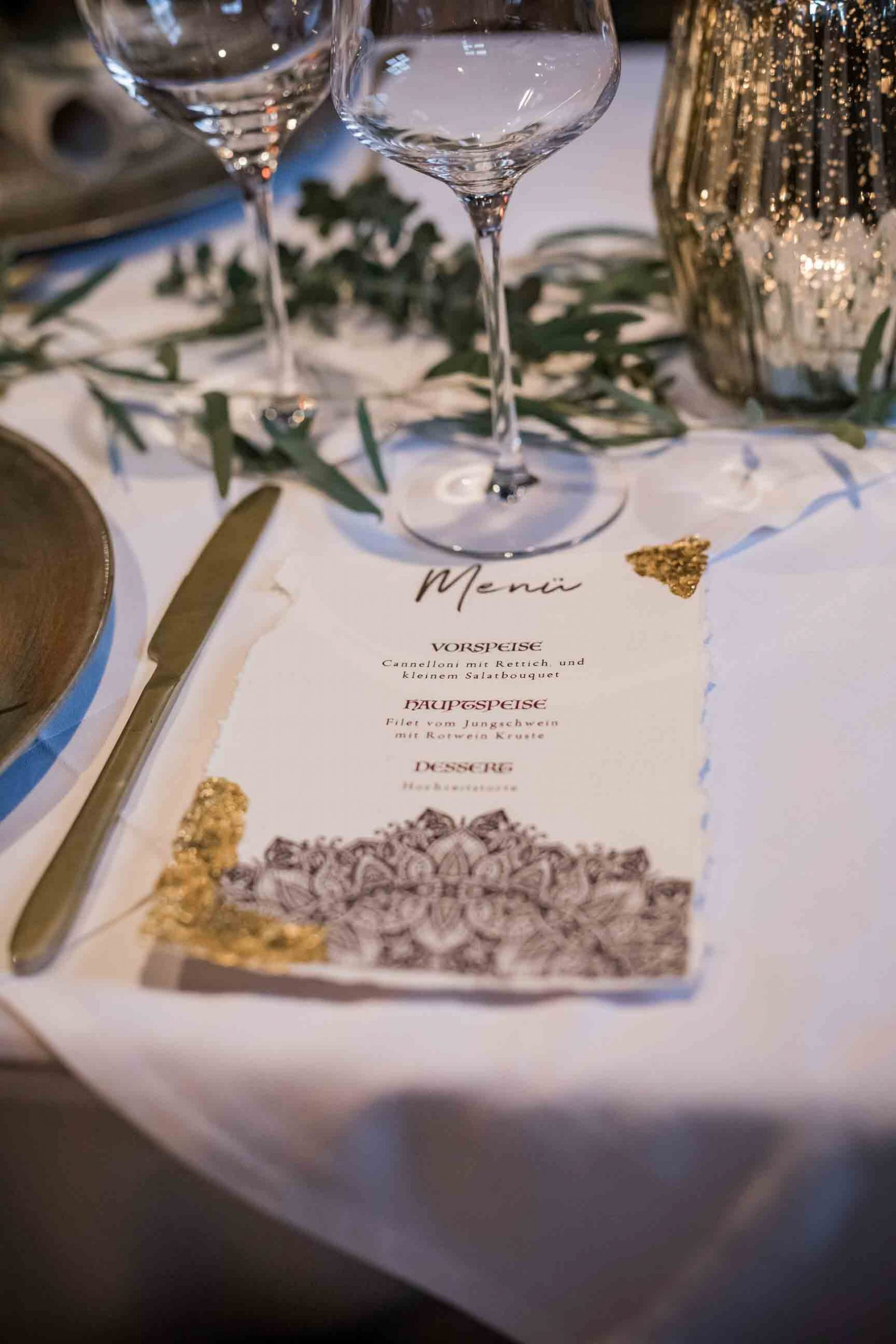 Boho Hochzeitskarten Bohemian Mandala Gold Winterhochzeit Hochzeitseinladung Menükarten Tischkarten Platzkarten Tischdeko braun Blattgold rustikal Büttenpapier gerissener Rand