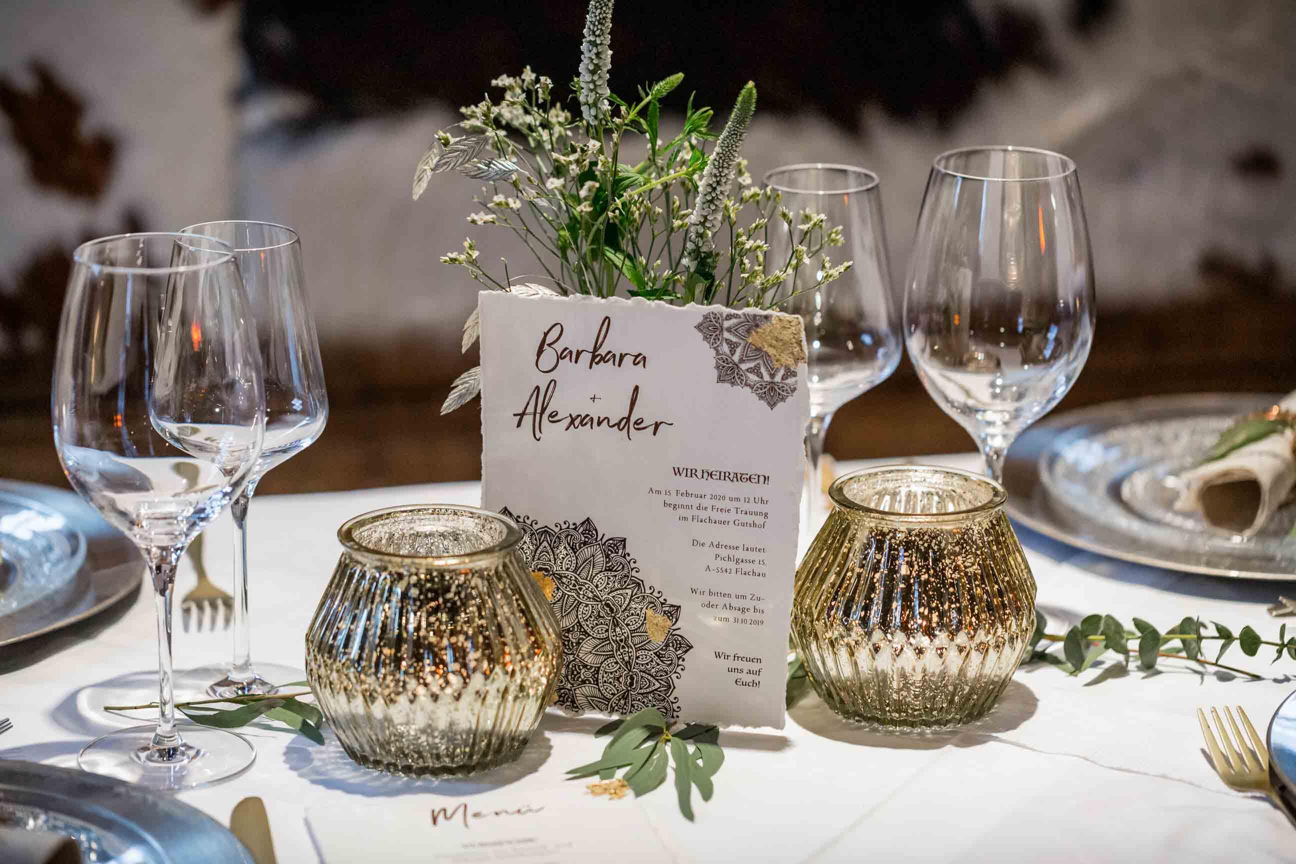 Boho Hochzeitskarten Bohemian Mandala Gold Winterhochzeit Hochzeitseinladung Tischdeko braun Blattgold rustikal Büttenpapier gerissener Rand